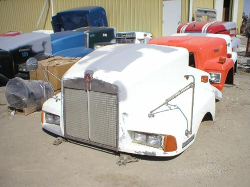 KENWORTH T600A Hood #1958 in Cedarville, OH | Dales Truck