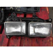 LKQ Acme Truck Parts HEADLAMP ASSEMBLY AND COMPONENT MITSUBISHI FUSO FM617