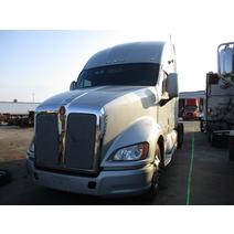LKQ Heavy Truck - Tampa WHOLE TRUCK FOR RESALE KENWORTH T700