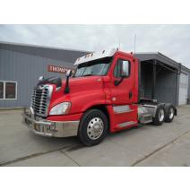 WHOLE TRUCK FOR RESALE FREIGHTLINER CASCADIA 125