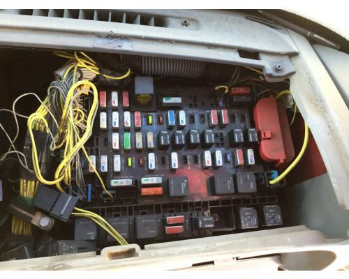 Freightliner C120 Century Fuse Box In Spencer  Ia  24608850