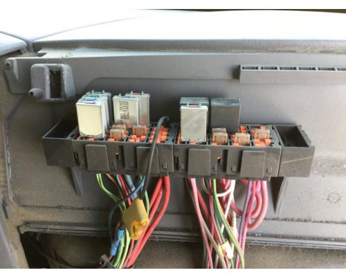 International 4300 Fuse Box In Spencer  Ia  24667618