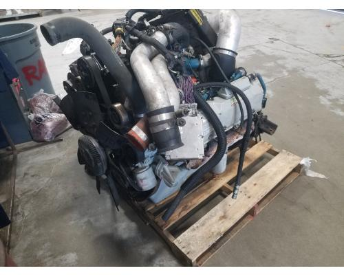INTERNATIONAL 4900 Engine Assembly