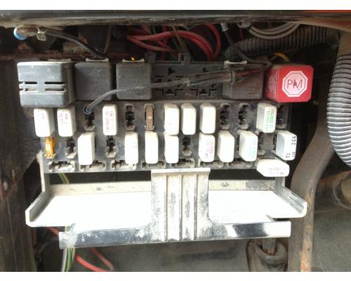 International 4900 Fuse Box In Spencer  Ia  24754353