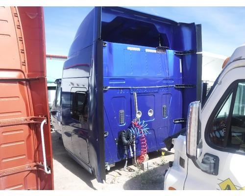 INTERNATIONAL PROSTAR Cab Clip