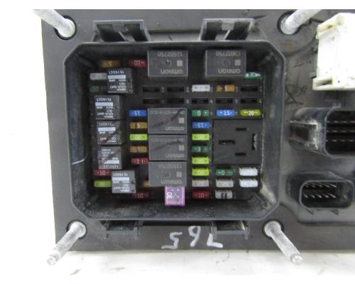 images?q=tbn:ANd9GcQh_l3eQ5xwiPy07kGEXjmjgmBKBRB7H2mRxCGhv1tFWg5c_mWT 2006 Kenworth T800 Fuse Panel Diagram