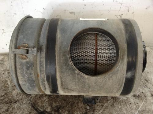 INTERNATIONAL S1900 Air Cleaner