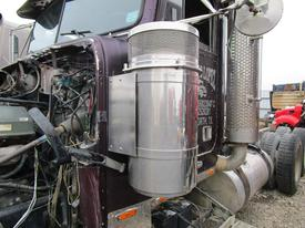 FREIGHTLINER FLD132 Air Cleaner