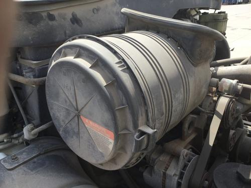INTERNATIONAL 4200 Air Cleaner