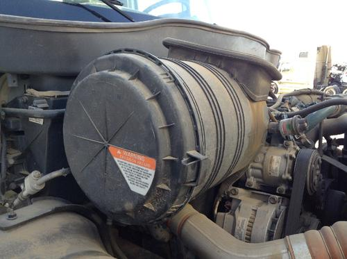 INTERNATIONAL 4400 Air Cleaner