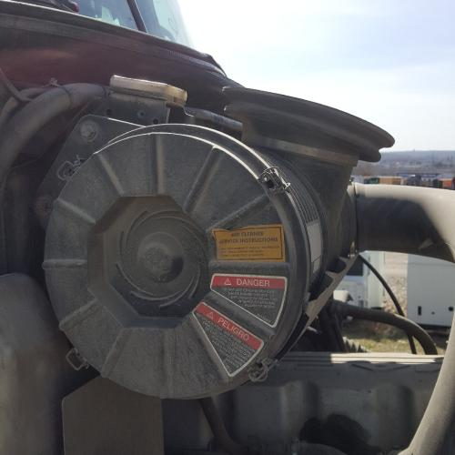 MACK CXU613 Air Cleaner