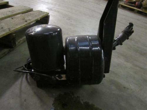 PETERBILT 335 Air Dryer