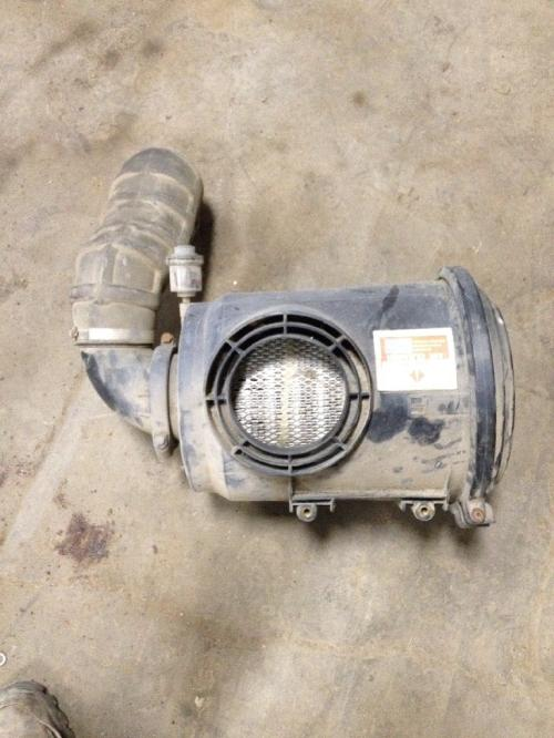 INTERNATIONAL 4700 Air Cleaner