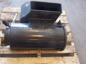 FREIGHTLINER FLD 120 Air Cleaner