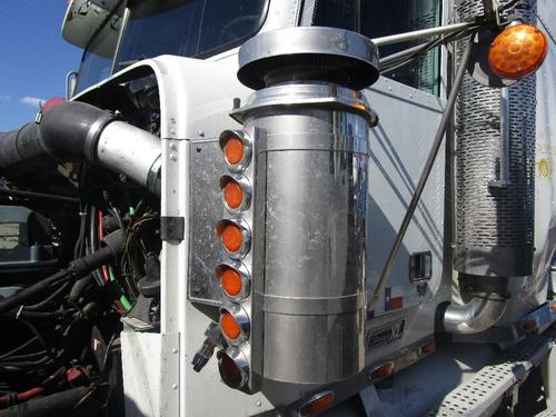 FREIGHTLINER CLASSIC XL Air Cleaner