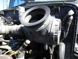 PETERBILT 330 Air Cleaner