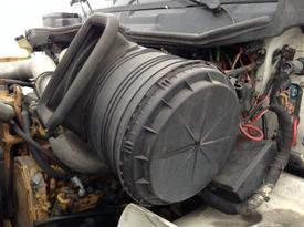 INTERNATIONAL 8600 Air Cleaner