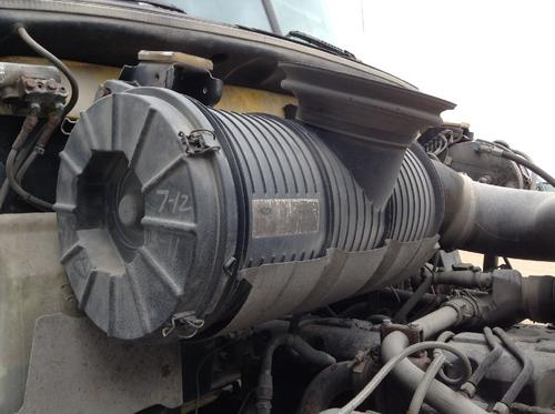 MACK CX613 VISION Air Cleaner