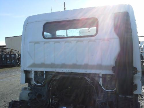 MITSUBISHI FUSO FE84D Air Cleaner