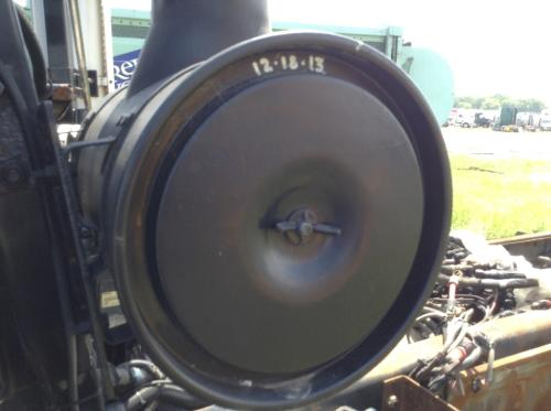 MACK LE613 Air Cleaner
