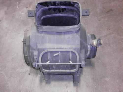 KENWORTH T2000 Air Cleaner