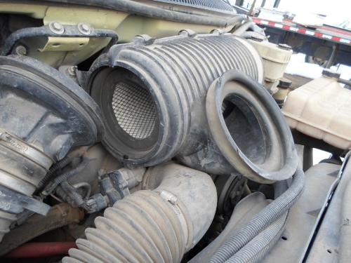 GMC C4500-C8500 Air Cleaner