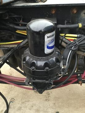 FREIGHTLINER M2 106 Air Dryer