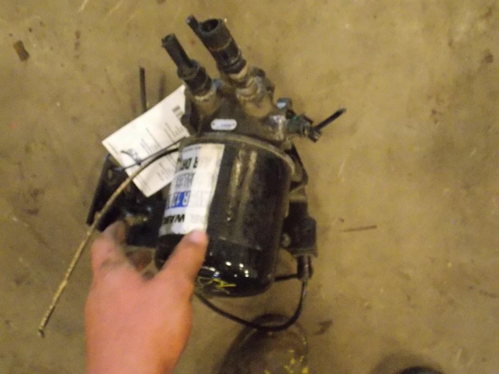 MACK CXU163 Air Dryer