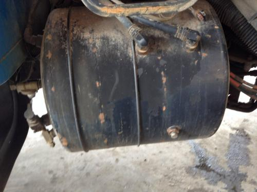 INTERNATIONAL 4900 Air Tank