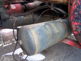 INTERNATIONAL 8100 Air Tank