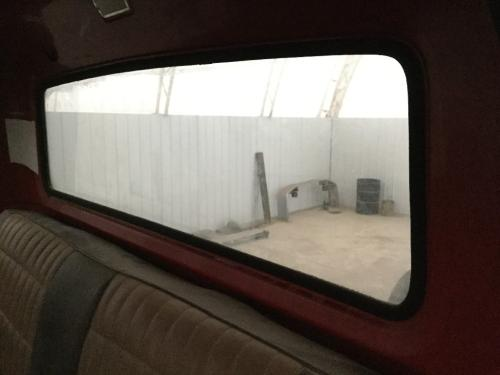 FORD LN800 Back Glass