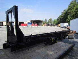 FREIGHTLINER M2 106 Body / Bed