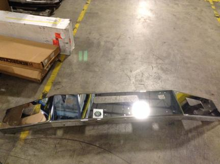 VOLVO  Bumper Assembly, Front