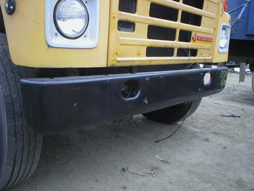 INTERNATIONAL 1800 Bumper Assembly, Front