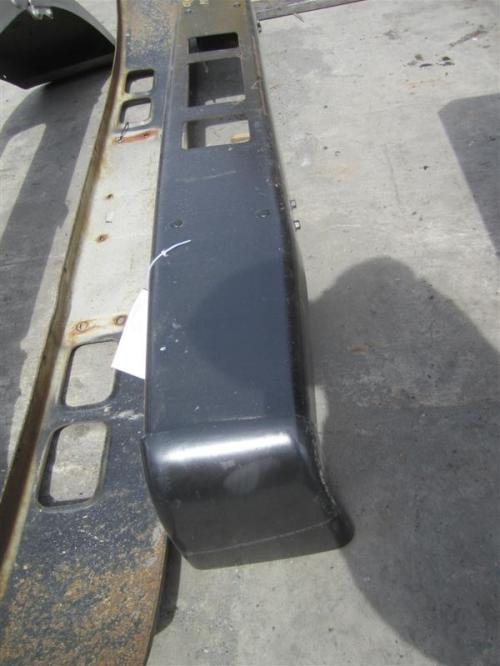 MITSUBISHI FUSO FE640 Bumper Assembly, Front