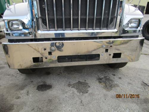 INTERNATIONAL 5900I Bumper Assembly, Front