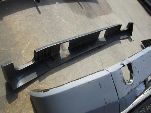 VOLVO WXLL Bumper Assembly, Front