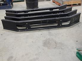 INTERNATIONAL 7000 Bumper Assembly, Front