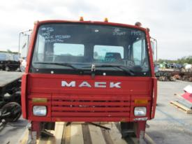 MACK MS300 Cab