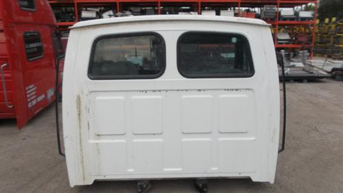 STERLING L7501 Cab