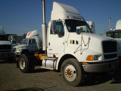 STERLING L8513 Cab