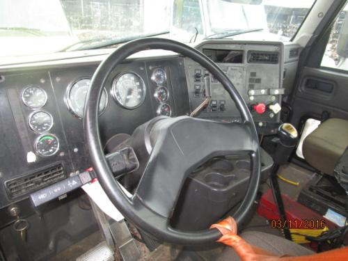 INTERNATIONAL 9100I Cab