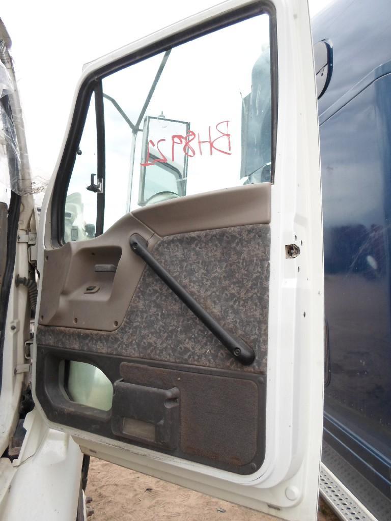 STERLING LT9500 Cab #36122 - For sale at Hudson, CO