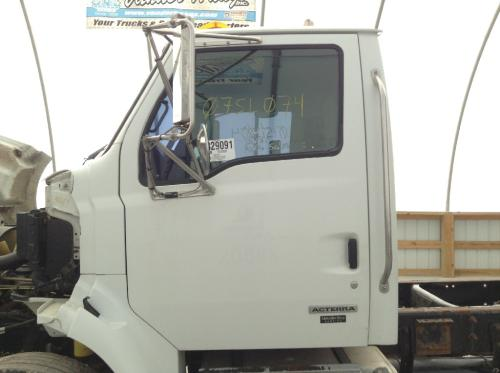 STERLING ACTERRA 7500 Cab