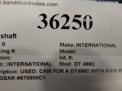 INTERNATIONAL DT 466C Camshaft