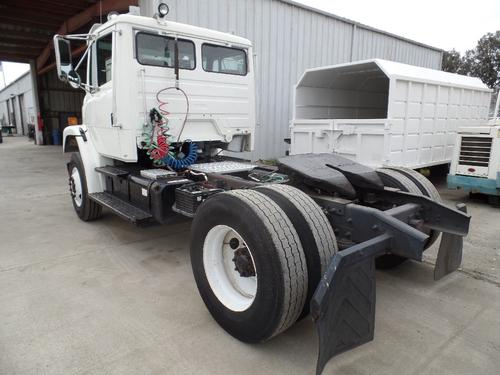 FREIGHTLINER FL80 Complete Vehicle
