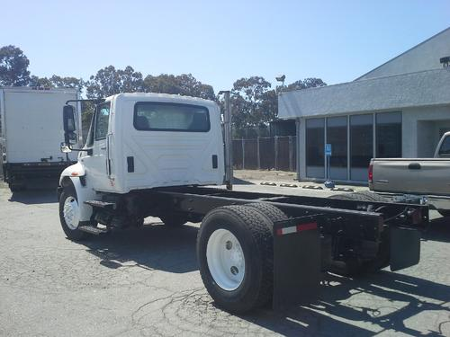 INTERNATIONAL 4300 Complete Vehicle