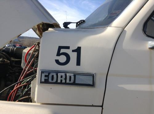 FORD B800 Cowl