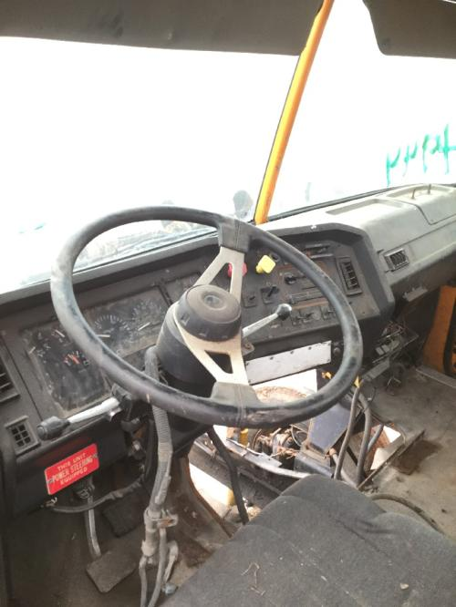 VOLVO WCA42T Dash Assembly