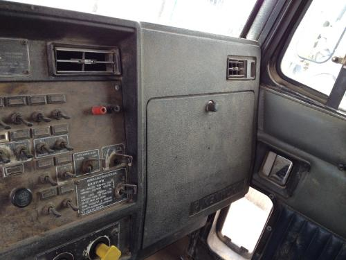 KENWORTH T800 Dash Assembly